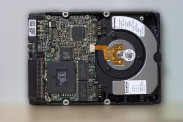 """Жесткий диск IBM DDYS-T09170 36,7Gb  U320SCSI 3.5"""" HDD"""